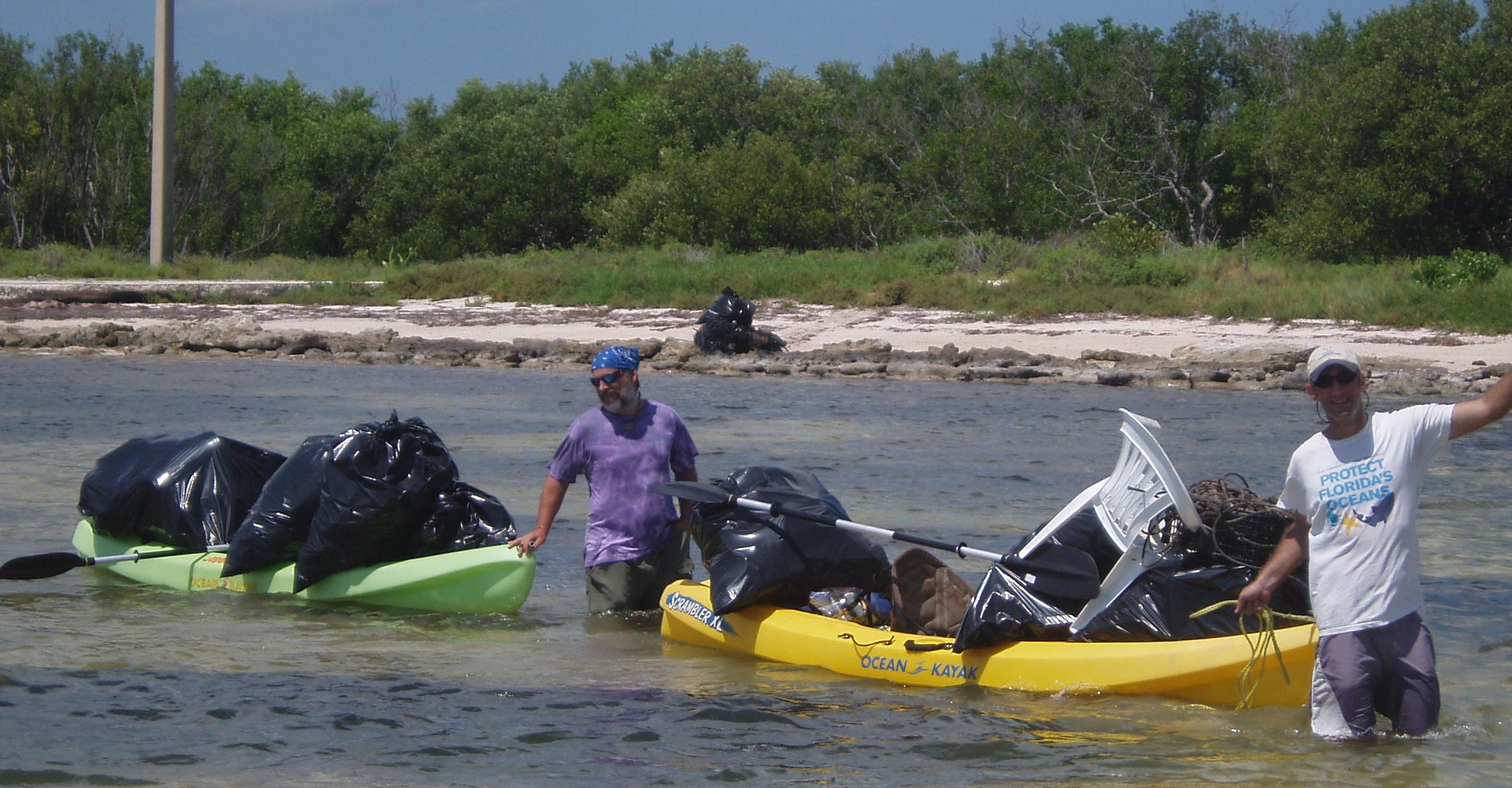 Team OCEAN volunteers