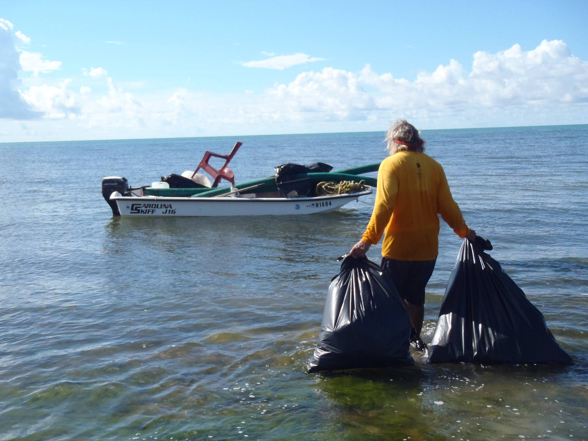 Volunteers during the 2015 International Coastal Cleanup